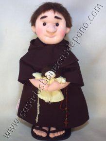 Boneco Santo Antônio semi-escultura em tecido