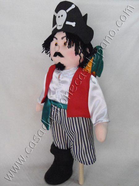 boneco pirata perna de pau