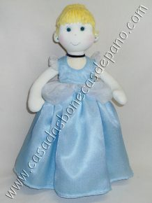 Boneca Cinderela tema princesas