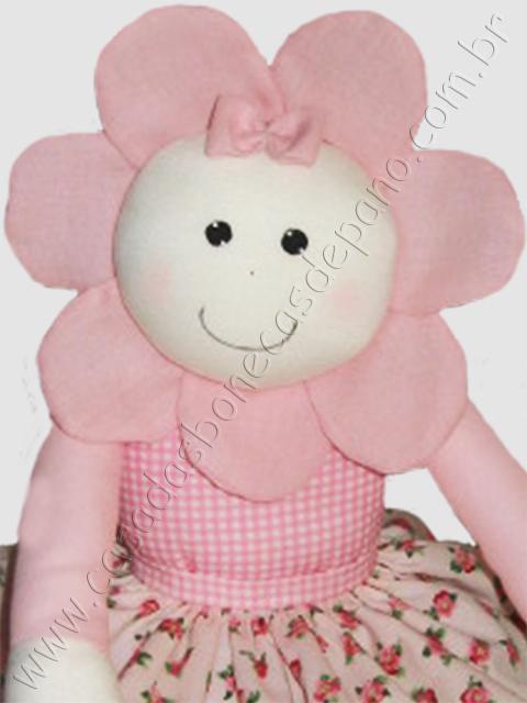 Boneca Flor para decoração de quarto de menina