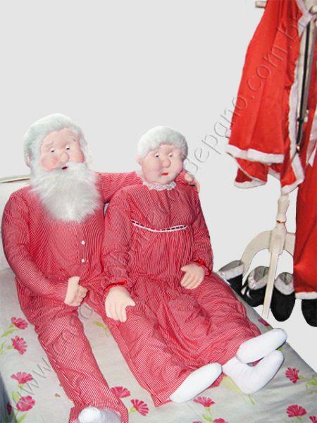 Bonecos do casal Noel em tamanho real