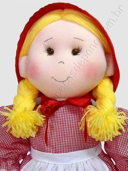 Boneca de pano da Chapeuzinho Vermelho