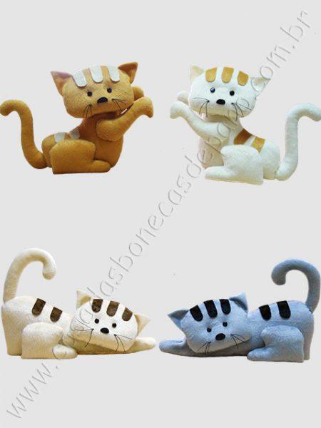 Gatinhos de pelúcia para decoração
